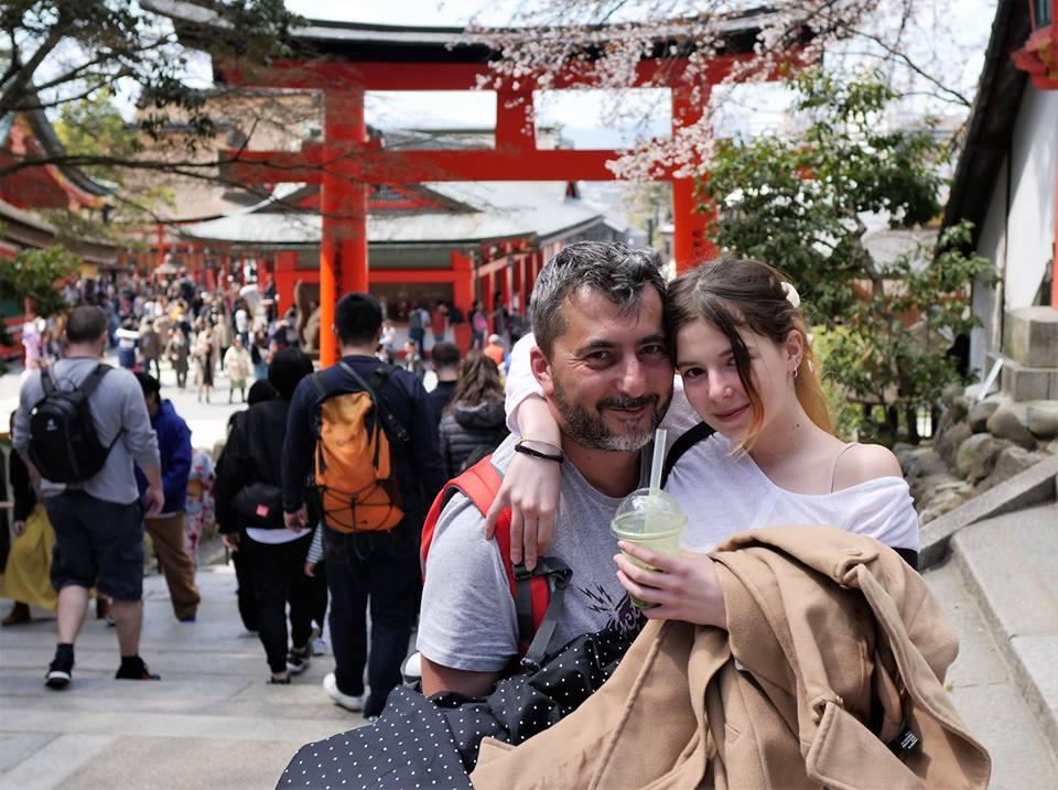 Lucian si Maria la Fushimi Inari-taisha Shrine
